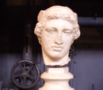 Marble head, damaged